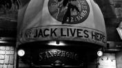 Jack lives here. Es gab auch viel Jack Daniel's zu bestellen.